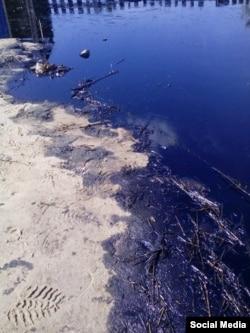 Нефть на участке Петровых