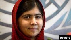 Пакистанську школярку Малалу Юсафзай називають серед фаворитів на здобуття Нобелівської премії миру 2014 року