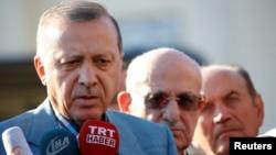 رجب طیب اردوغان گفته است «این شروط ۱۳ گانه تحت هیچ شرایطی قابل قبول نیست»