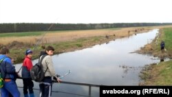 Рыбалка з мосту