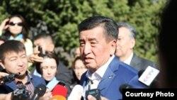 Сооронбай Жээнбеков, қырғызстандық саясаткер, президенттікке кандидат.