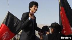 افغان لوبغاړی روح الله نېکپا