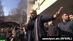 Armenia -- Opposition leader Raffi Hovannisian holds a rally in Kapan, 27Feb2013.