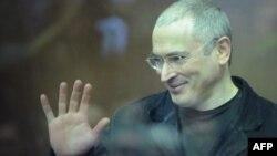 Адвокаты Михаила Ходорковского не могут предположить, сколько еще дел будет возбуждено против него