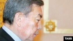 Қазақстан сыртқы істер министрінің бірінші орынбасары - Н.Әбіқаев.