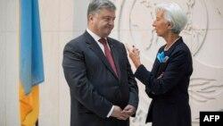 Президент Украина Петр Порошенко и исполнительный директор МВФ Кристин Лагард