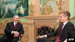 Многовекторность по-белорусски. Александр Лукашенко тепло приветствует председателя ОБСЕ