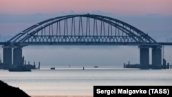 The dispute concerning the Azov Sea stems from Moscow's construction of a 19-kilometer bridge over the Kerch Strait, linking Russia's Krasnodar Krai with Crimea. (file photo)