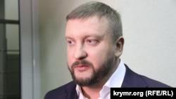 Павел Петренко, Украинаның әділет министрі.