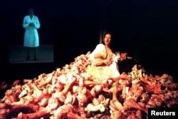 """""""Performans je izuzetno živa umetnost"""" (Marina Abramović, u Veneciji)"""