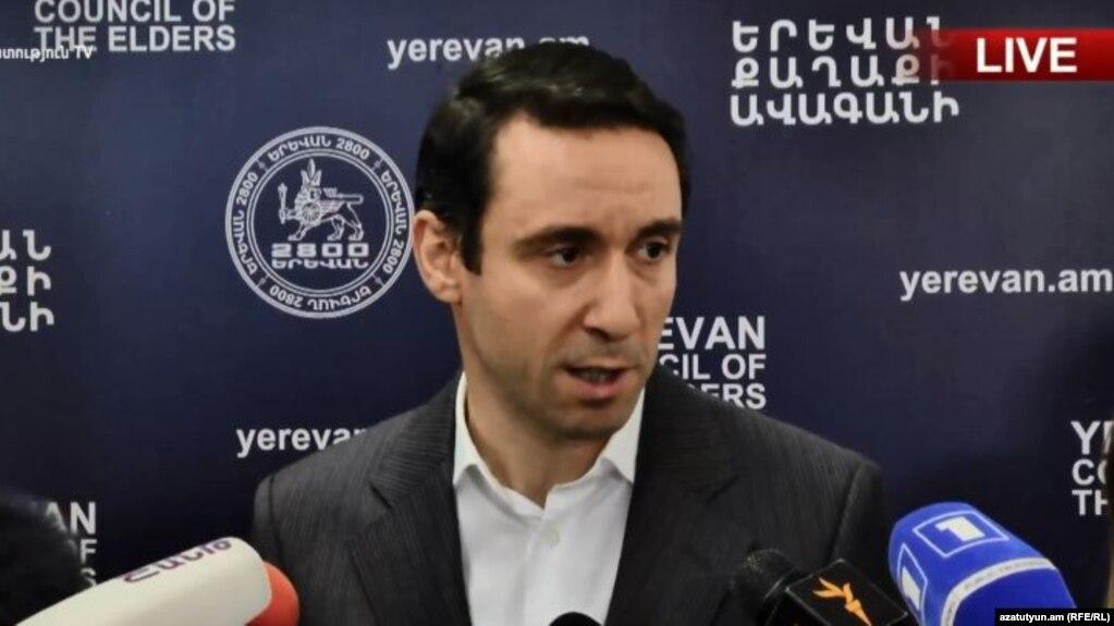 «Сегодня мы реализуем нашу многолетнюю мечту – освобождаем окрестности Оперы и возвращаем атмосферу культурного очага» - мэр Еревана