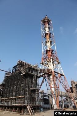 Нефтеперерабатывающий завод в Атырау.