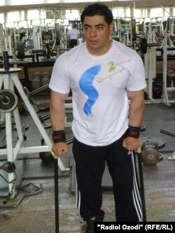 Парвиз Одинаев