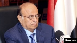 منصور عبد ربه هادی، رییس جمهوری یمن، هنگام انفجار در کاخ بوده ولی آسیبی ندیده است.