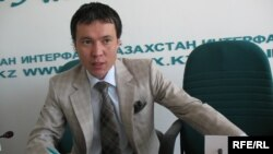 Zhomart Ertaev spent nine months in pretrial detention in Kazakhstan in 2009 on suspicion of embezzlement but was released after the charges were dropped.