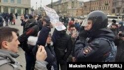 """Пикет в поддержку осуждённых по делу """"Сети"""" в Санкт-Петербурге"""