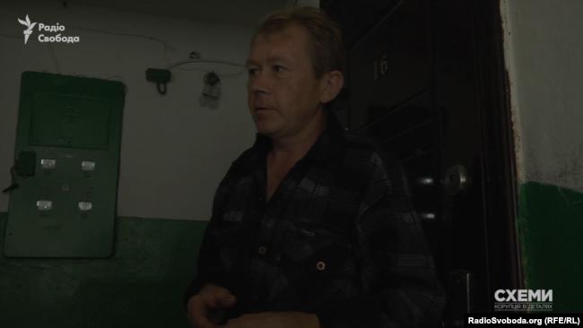 Адзін з жыхароў вёскі Заастравечча пагадзіўся расказаць пра дэталі схемы ўвозу машын ва Ўкраіну