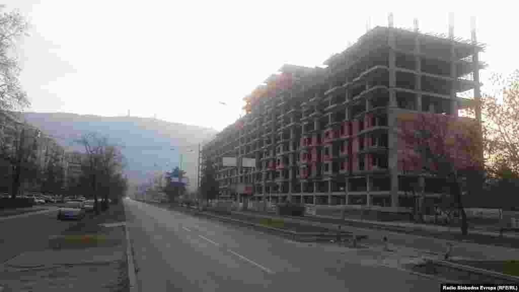 Комплекс згради во изградба на булеварот 8- ми Септември во Скопје.