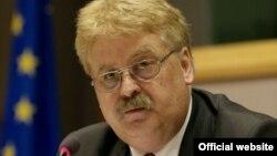 Avropa Parlamentinin onun xarici əlaqələr komissiyasının sədri Elmar Brok