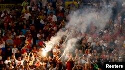 На матче сборных Англии и России в Марселе (Франция, 11 июня 2016 года)