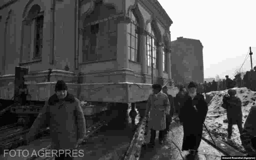 St. Stefan Church being moved in 1988.