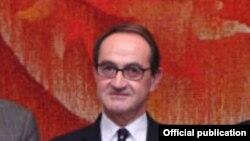 Ֆրանսիա-Հայաստան բարեկամության խմբի նախագահ Ռենե Ռուքե, արխիվ
