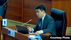 Депутат парламента Жанар Акаев.