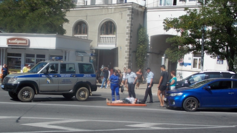 В Севастополе у пешеходного перехода сбили женщину (+фото)