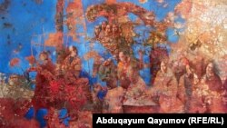 Uzbek artist Babur Ismailov