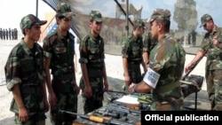 Азербайджанские военнослужащие