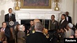 الرئيس اوباما يتحدث في حفل الافطار بالبيت الابيض