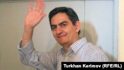 Əli Kərimli (arxiv fotosu)