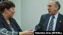 Valentina Ursu și ambasadorul american James D. Pettit