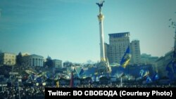Ukrainë - Protesta në Kiev, në Sheshin e Pavarësisë, që njihej si Shesi i Mejdanit, 22 dhjetor, 2013