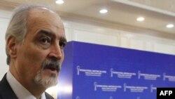 Глава правительственной делегации Сирии на переговорах в Астане, посол Сирии при ООН Башар аль-Джафари.