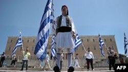 Государственный долг Греции почти вдвое превысил объем национальной экономики