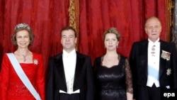 Встреча с президентом России Дмитрием Медведевым в королевском дворце в Мадриде 2 марта 2009 года