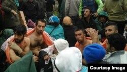 گروهی از پناهجویان ایرانی در مرز یونان و مقدونیه