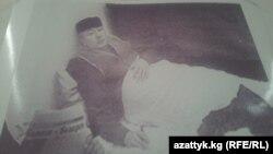 Шералы Назаркулов ачкачылык акциясы учурунда. 2002-жыл.
