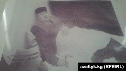 Шералы Назаркулов ачкачылык акциясында, 2002-жыл.