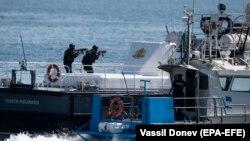 Болгарські військові під час військових навчань Breeze 2019 на Чорному морі поблизу Варни, 19 липня 2019