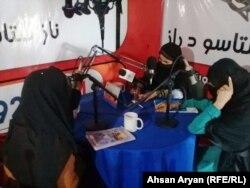 حضور زنان در یکی از رسانههای محلی در ولایت خوست