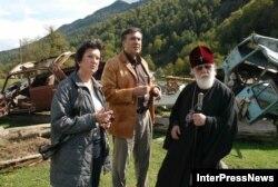 2006 год. Ніно Бурджанадзэ і Міхаіл Саакашвілі ў Абхазіі.