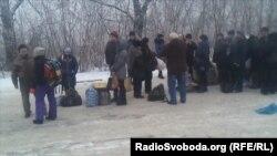На межі Донецької і Луганської областей – черги