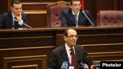 Armenia - Deputy Foreign Minister Shavarsh Kocharian speaks at parliament hearings on Armenia's membership in the Eurasian Economic Union, Yerevan, 24Nov2014.