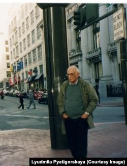Александр Пятигорский в Сан-Франциско. Фото Людмилы Пятигорской