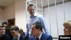 """Алексей Навальный на слушаниях по делу """"Ив-Роше"""" 19 декабря 2014 г."""
