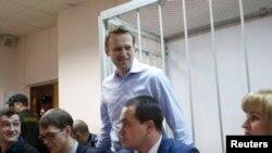Навальный сегодня в суде