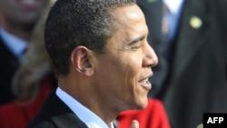 АҚШ-тың сайланған президенті Барак Обаманың ант қабылдап тұрған сәті. Вашингтон, 20 қаңтар, 2009 жыл.