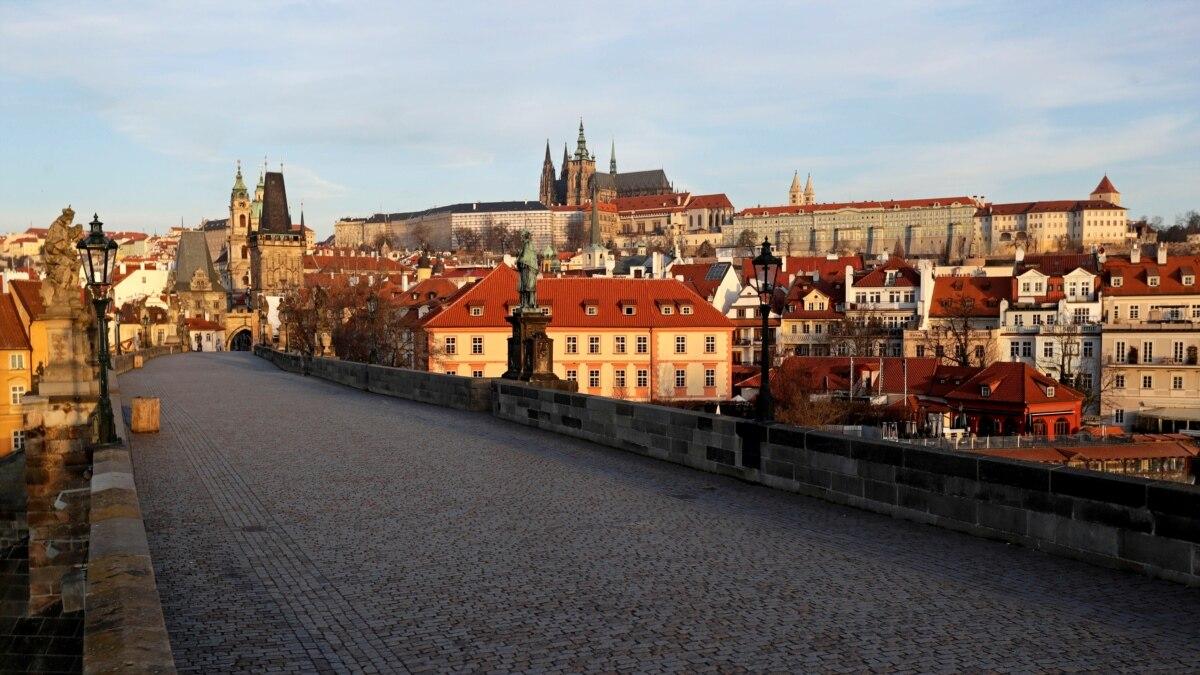 Në Çeki nis zbatimi i  karantinës së mençur